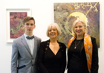 CDaly-Source-Opening-IMG-1_-L-R-Eamonn-B-Shanahan-(Curator)-Catherine-Daly-(Artist)-Liz-O-Donnell-(Irish-Independent-Columnist)